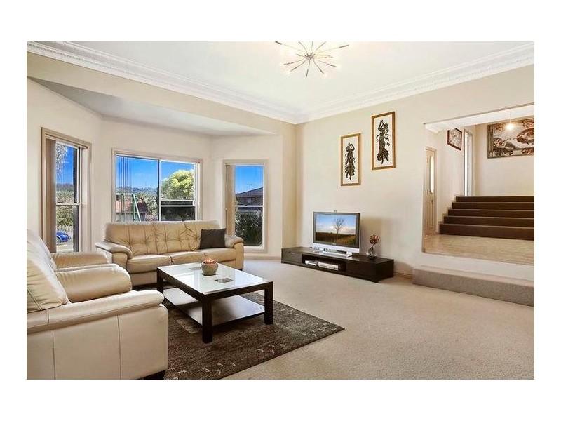 3 Dixon Street, Abbotsbury NSW 2176