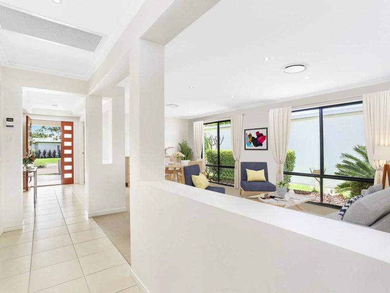 9 Jersey Place, Kawana Island QLD 4575