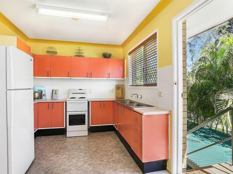 8 Jean Road, Camira QLD 4300