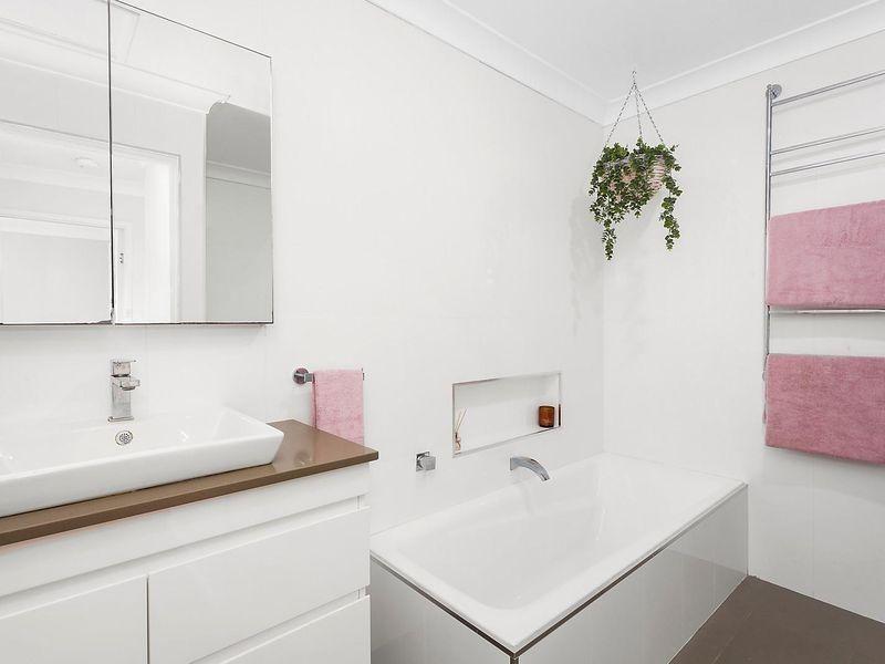 11 Clarence Street, Lake Munmorah NSW 2259