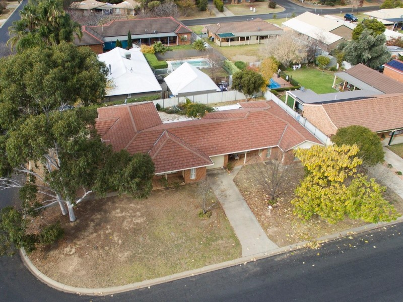 Unit 1/15 Oporto Road, Mudgee NSW 2850