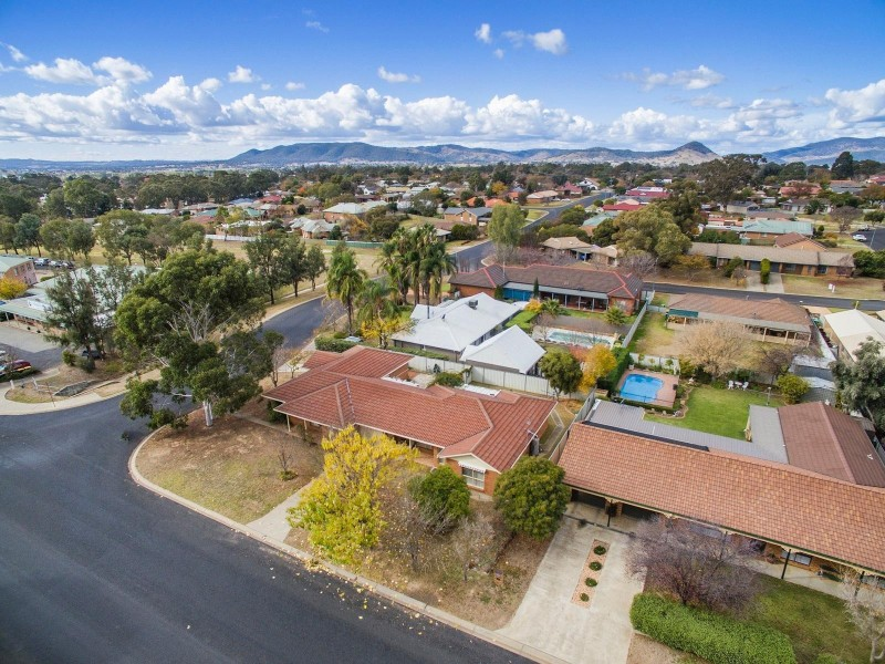 Unit 2/15 Oporto Road, Mudgee NSW 2850