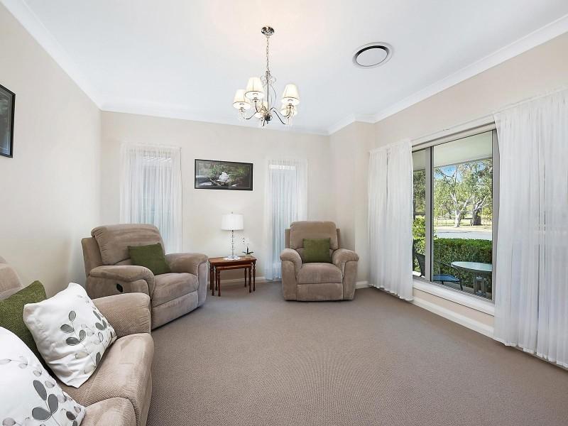 16 Robertson Street, Mudgee NSW 2850