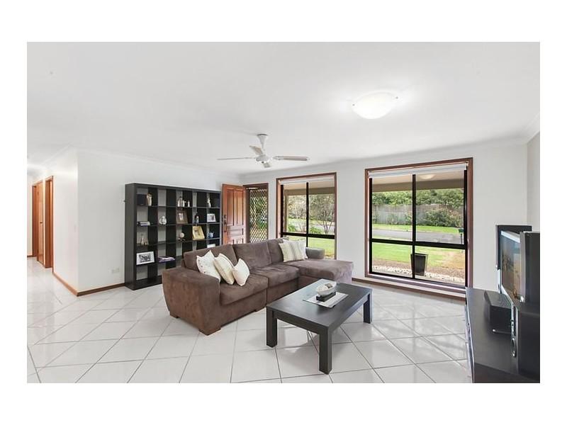 6 Callemondah Avenue, North Gosford NSW 2250