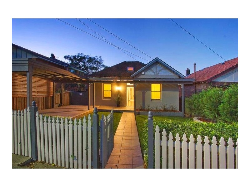 126 Hampden Road, Abbotsford NSW 2046