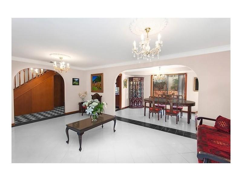 76 Stockdale Crescent, Abbotsbury NSW 2176