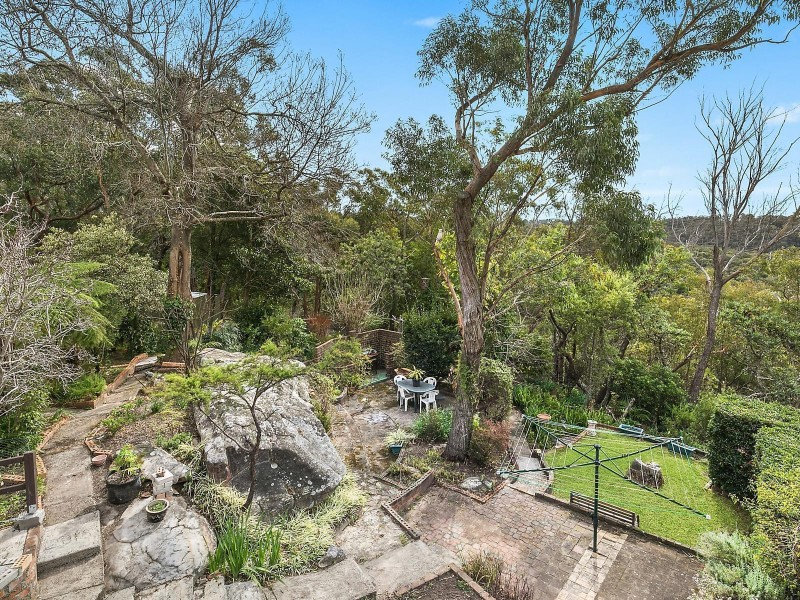 6 Careya Crescent, Woodford NSW 2778