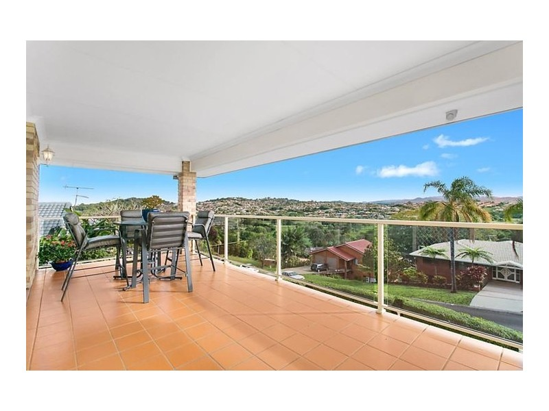 20 Castlecrag Avenue, Banora Point NSW 2486
