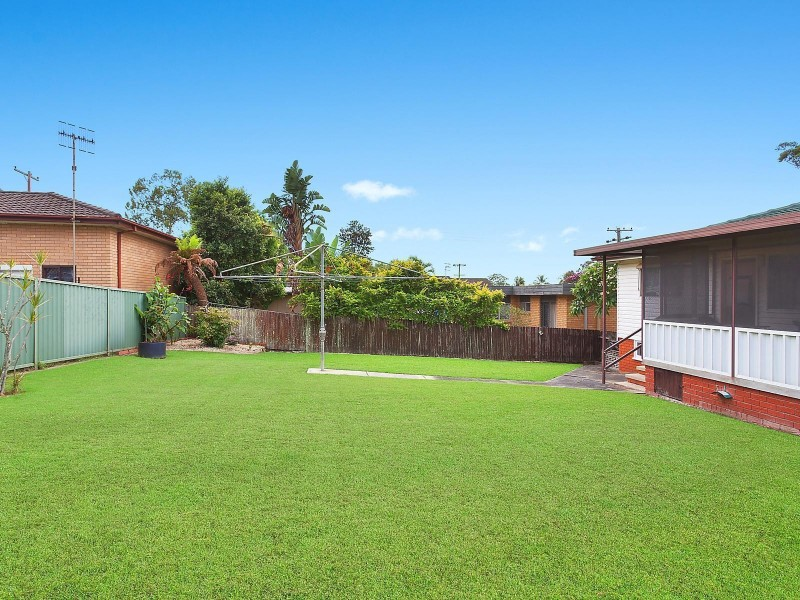 6 Harvey Street, Wyong NSW 2259