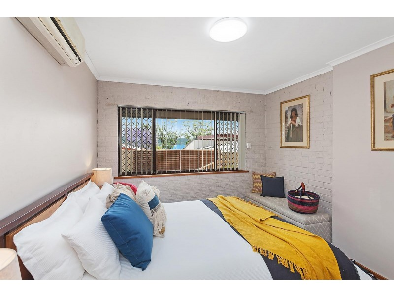 3 Greenslope Drive, Green Point NSW 2251