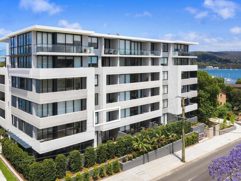 103/148A Albany Street, Point Frederick NSW 2250