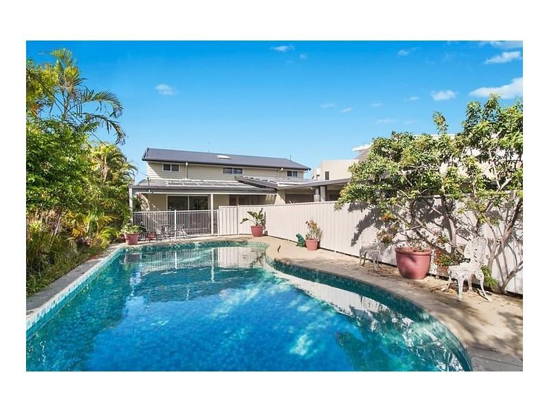 21 Inga Avenue, Bundall QLD 4217