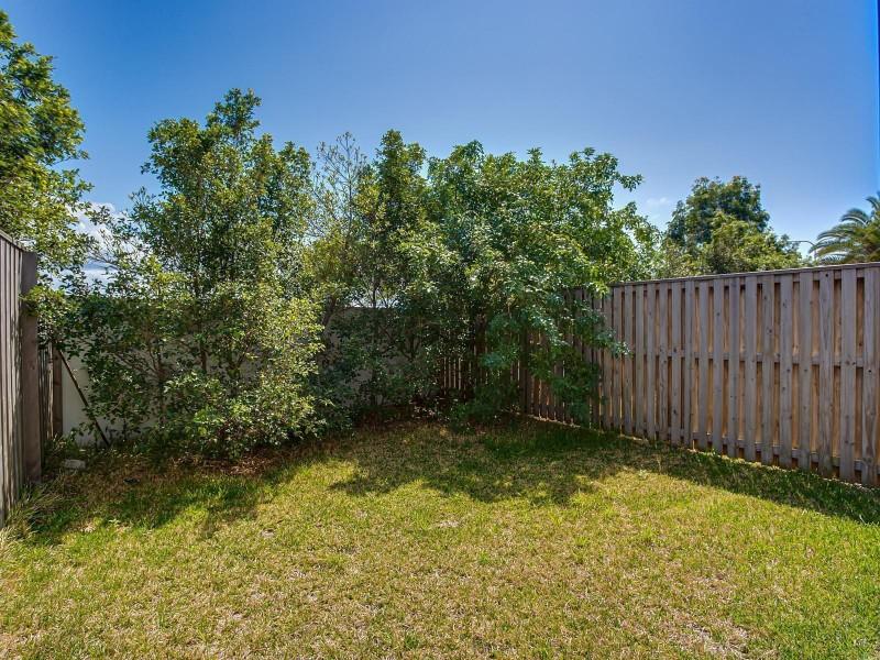 5/1 Mervyn Thomas Drive, Hope Island QLD 4212