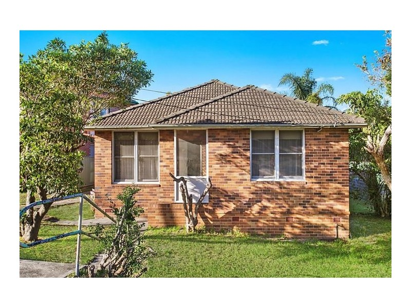 2 Lasseter Avenue, Chifley NSW 2036