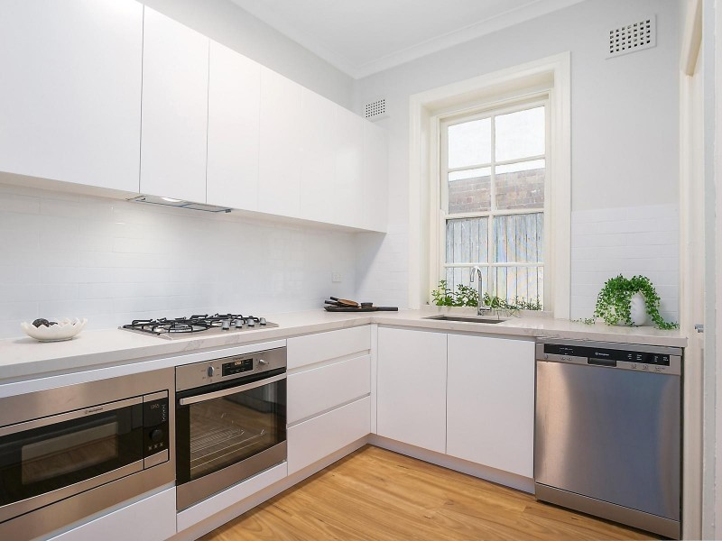 1/14A Carr Street, Coogee NSW 2034