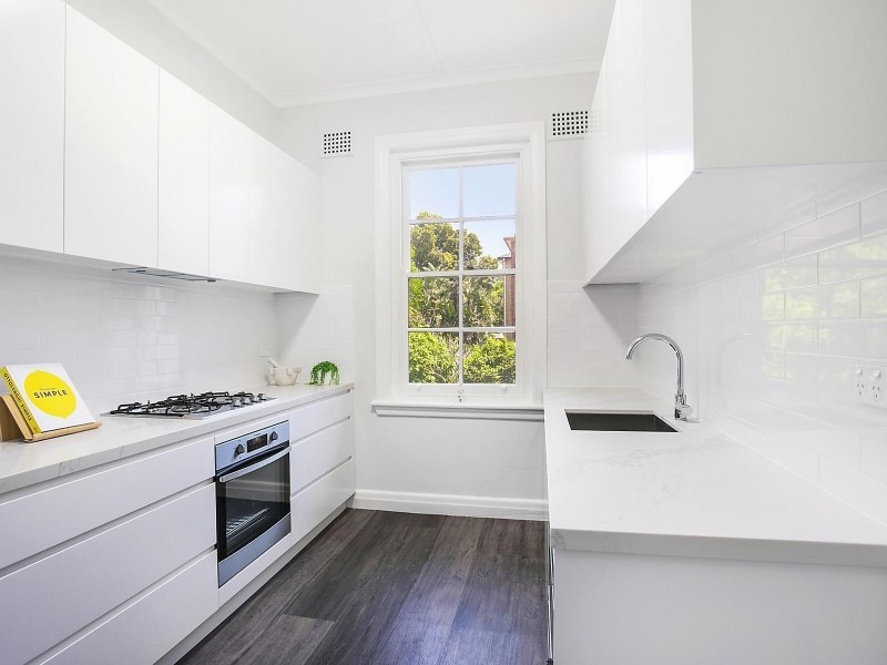 4/14A Carr Street, Coogee NSW 2034