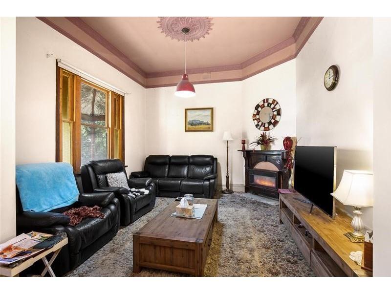 327 Barkly Street, Ararat VIC 3377