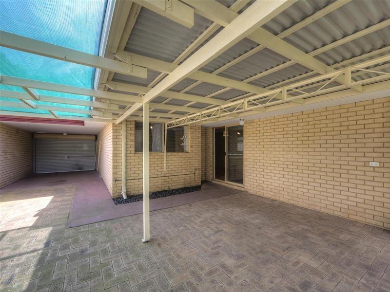 8B Warrina Place, Armadale WA 6112