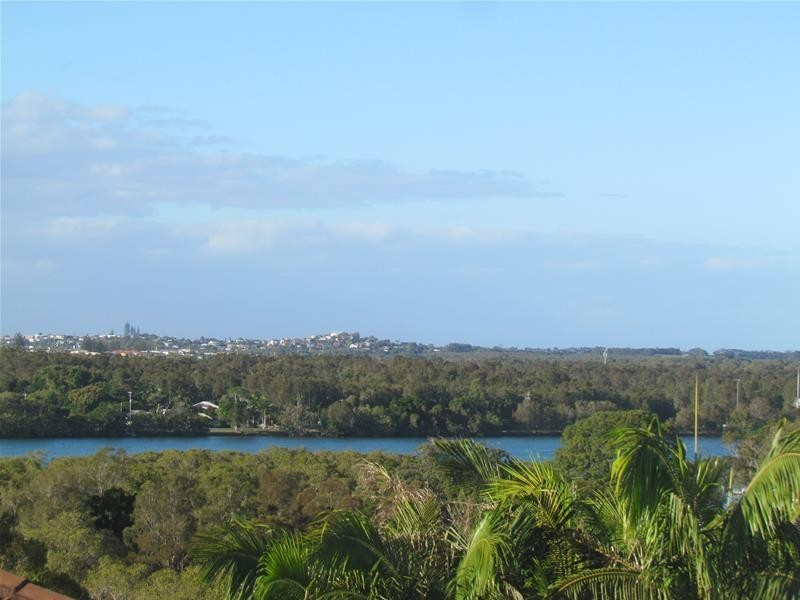 1/60 Oyster Point Road, Banora Point NSW 2486
