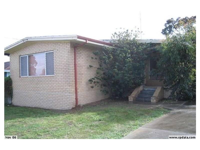 8 Fitzpatrick Place, Waroona WA 6215
