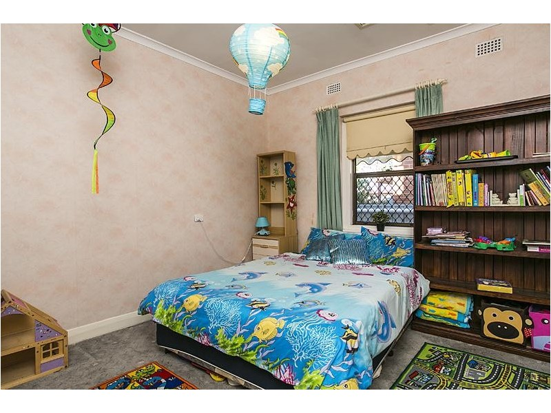 18 Wolseley Terrace, Ascot Park SA 5043