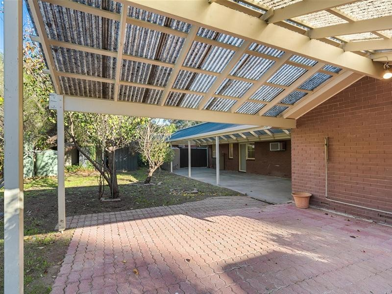 22 Carrickalinga Boulevard, Aberfoyle Park SA 5159