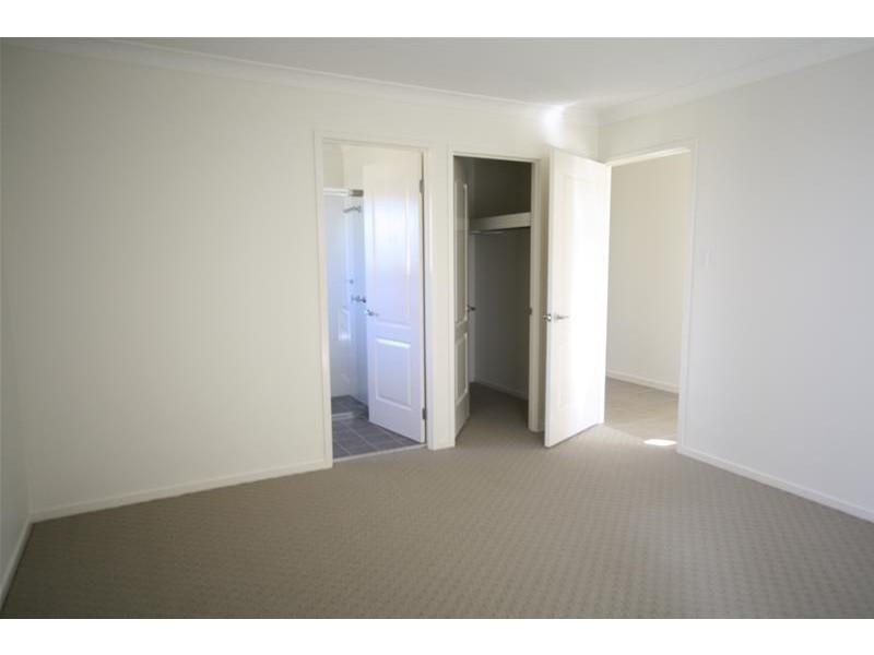69 Redgum Circuit, Aberglasslyn NSW 2320