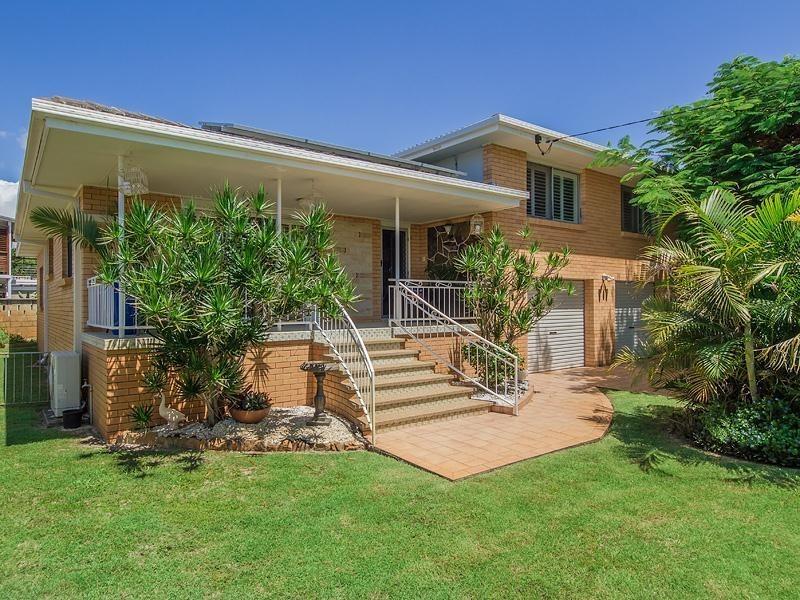 4 Capistrano Court, Southport QLD 4215