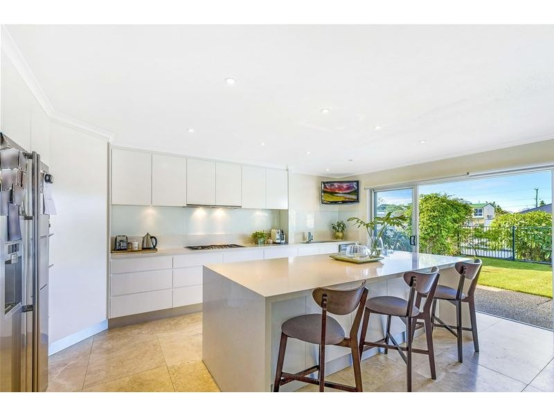 45 Rapallo Avenue, Isle Of Capri QLD 4217