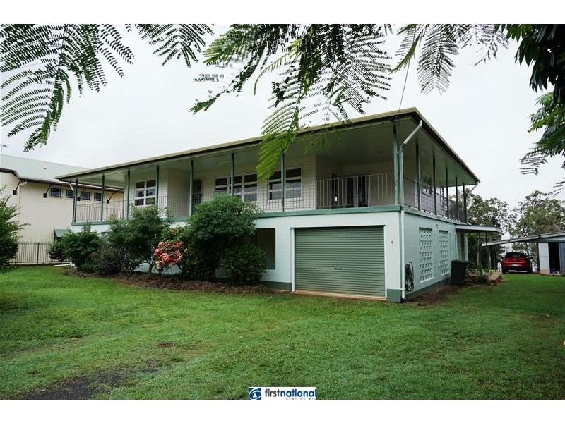 9 Barron Street, Tinaroo QLD 4872
