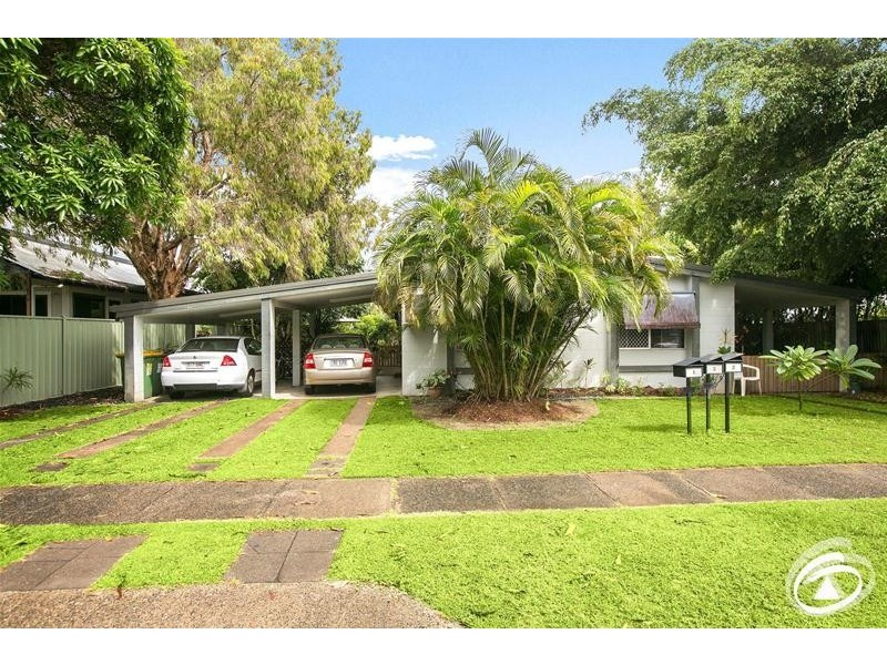 1/123 Oleander Street, Holloways Beach QLD 4878
