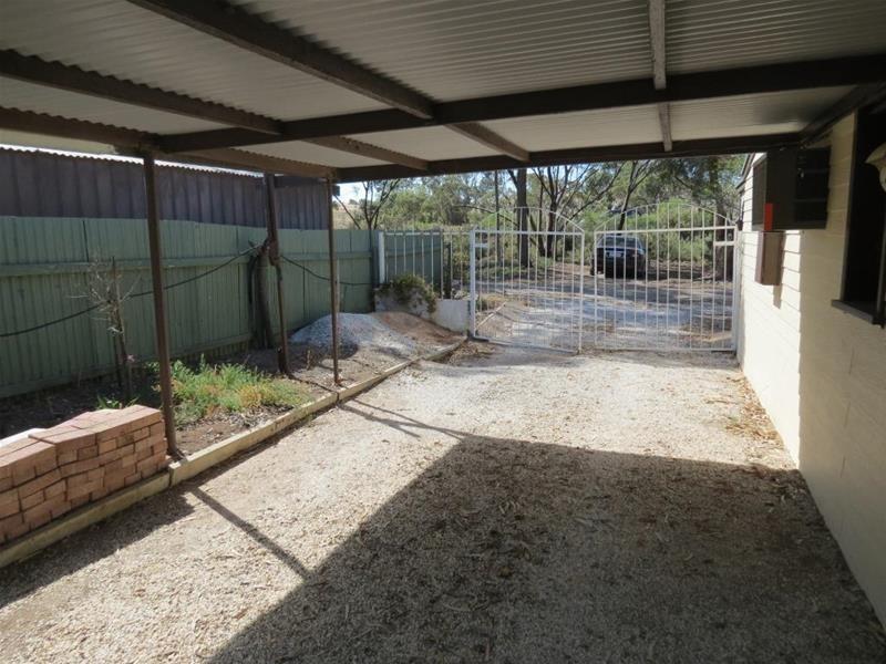 4 Laurie Terrace, Cowirra SA 5238