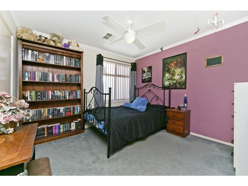 11 Grovely Avenue, Salisbury North SA 5108