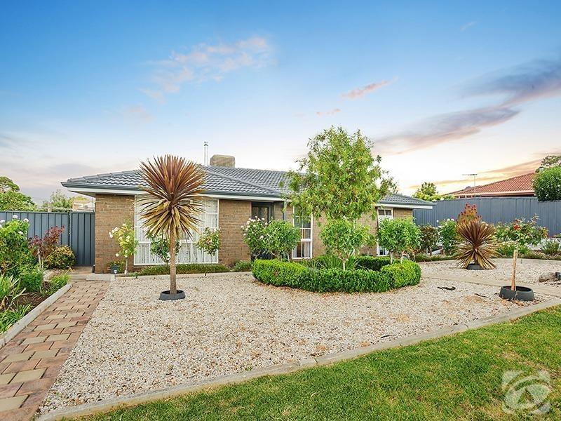27 Hewitt Drive, Mclaren Vale SA 5171