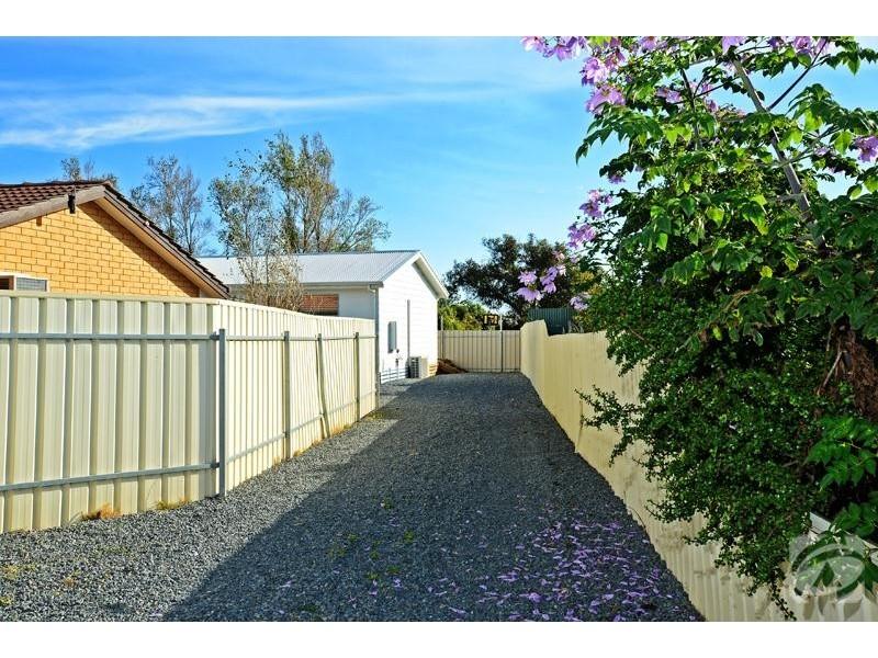 1a Moore Street, Aldinga Beach SA 5173