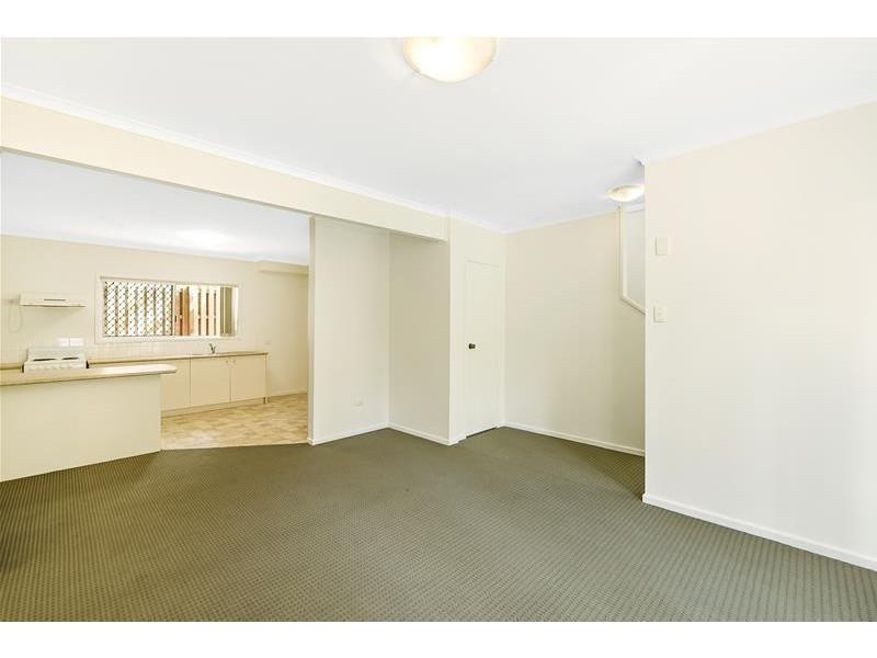 2/33 Breaker  Street, Main Beach QLD 4217
