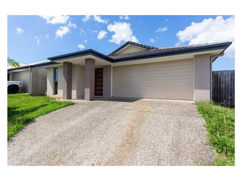 3 Beaumont Drive, Pimpama QLD 4209