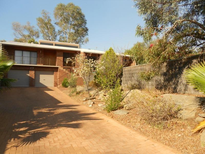 61 Cromwell Drive, Desert Springs NT 0870