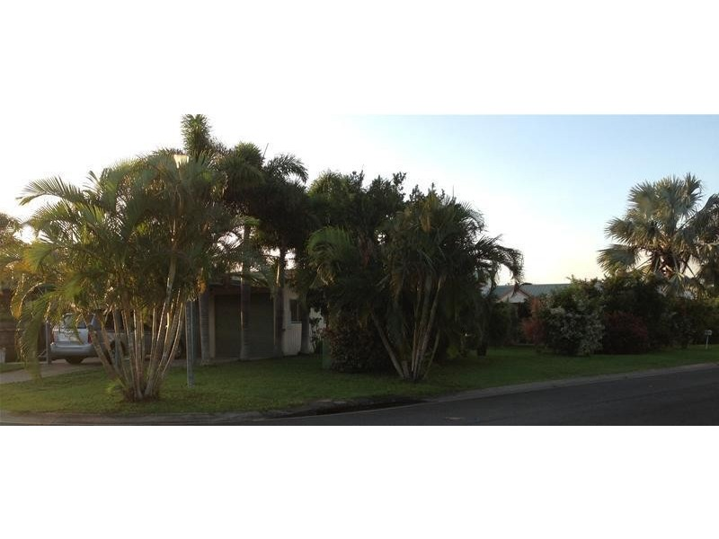 24 Henry Court, Beaconsfield QLD 4740