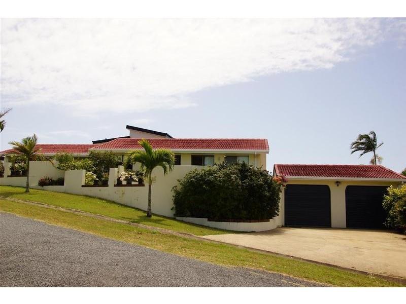 2 Hillside Drive, Grasstree Beach QLD 4740