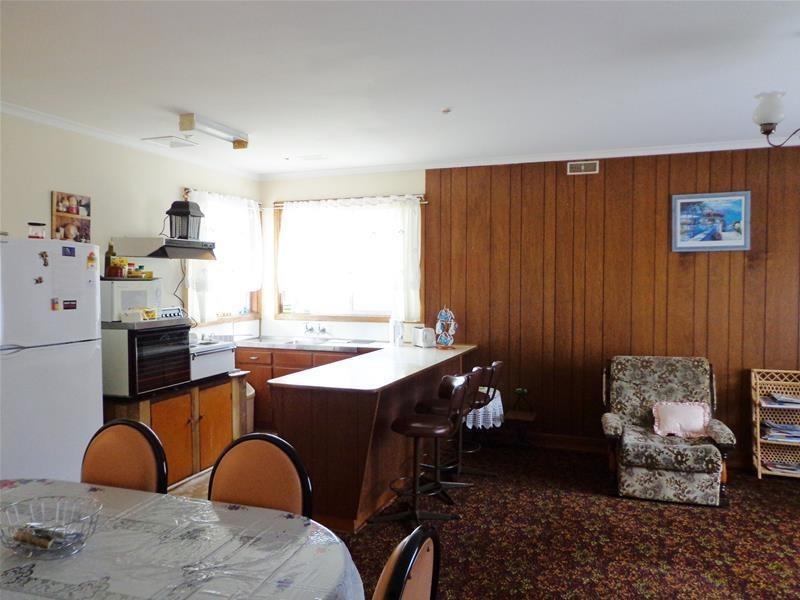 16 – 18 Wilhelm Street, Loch Sport VIC 3851