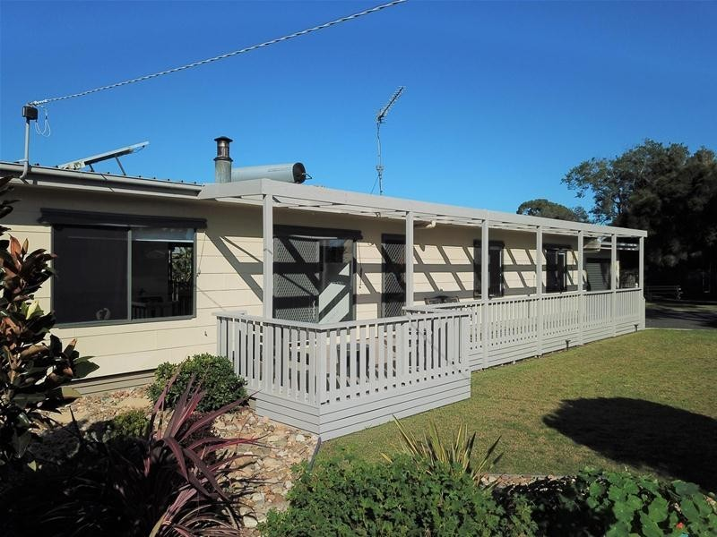 50 – 52 Fisher Parade, Loch Sport VIC 3851