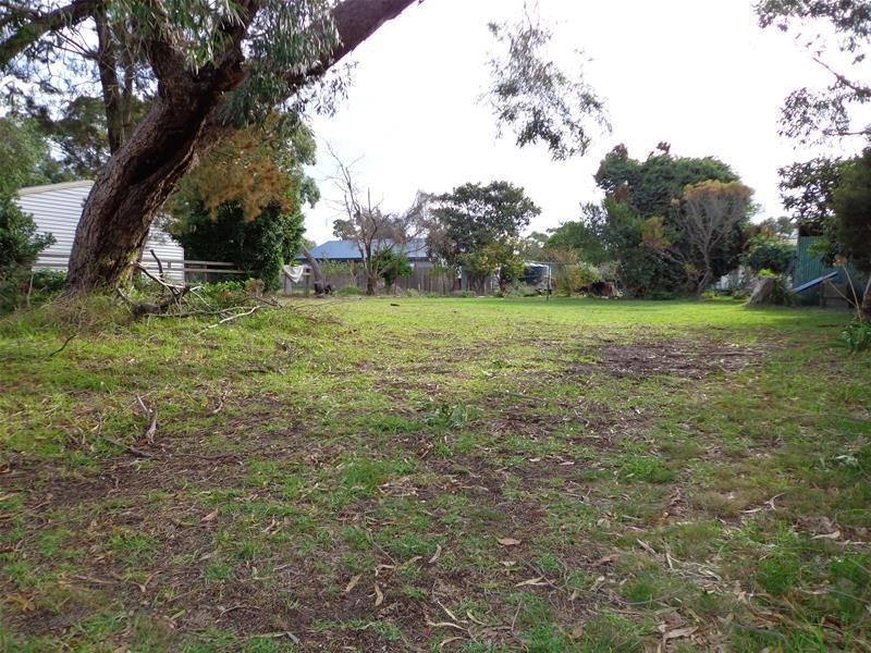 3 Government Road, Loch Sport VIC 3851
