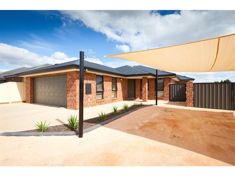 196 Pitman Avenue, Buronga NSW 2739