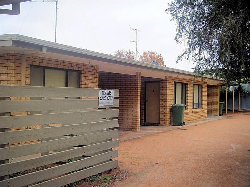 1-5/11 Pooley Street, Buronga NSW 2739