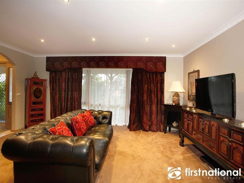 50 Edrington Park Drive, Berwick VIC 3806