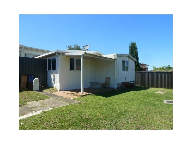 176A Hillcrest Avenue, Greenacre NSW 2190