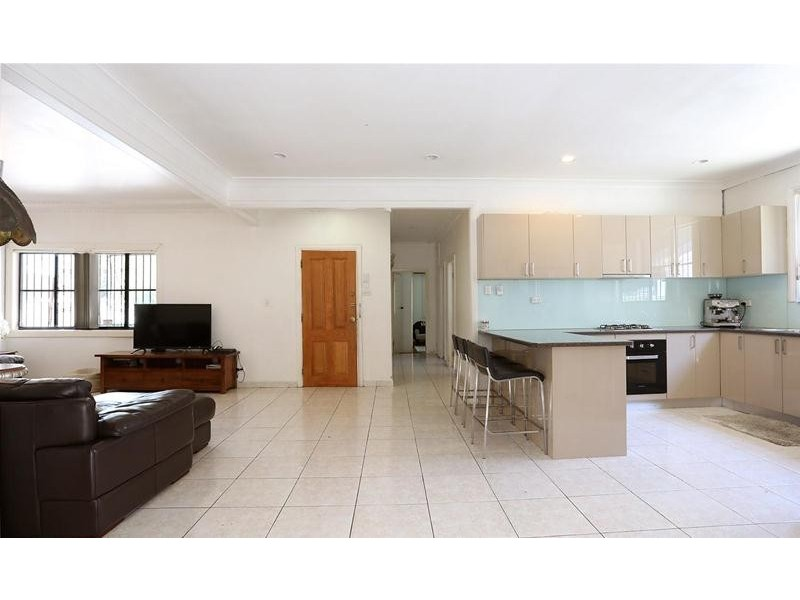 120 Roberts Road, Greenacre NSW 2190