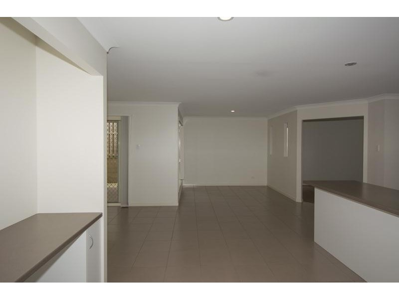 27 Banjo Crescent, Gilston QLD 4211