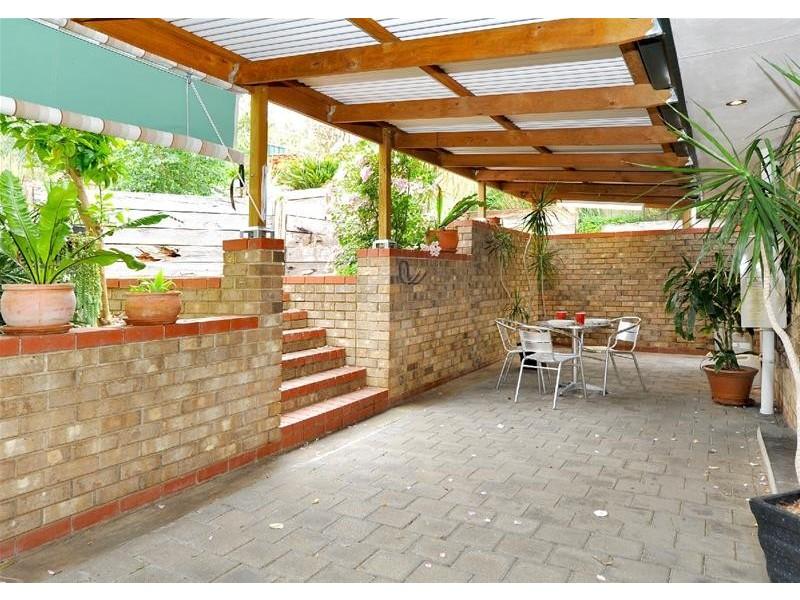 11 Banksia Road, Aberfoyle Park SA 5159